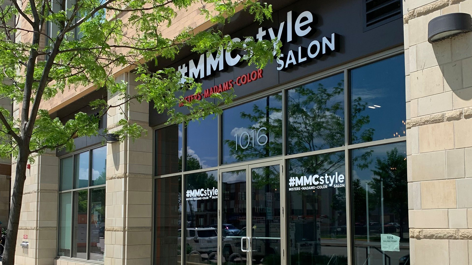 MMCstyle Hair Salon Outside on E Washington Ave Madison WI (2)